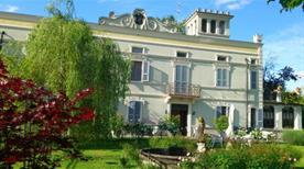 Villa Albertina - >Sissa Trecasali