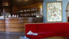 HOTEL FLORA - >Chiavenna