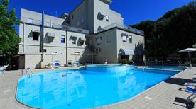 New Hotel Chiari ***S - >Cervia