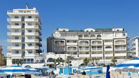 Yes hotel Touring - >Rimini