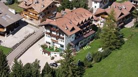 HOTEL VILLA CAMPITELLO DI BERNARD IVO & C. SNC - >Campitello di Fassa