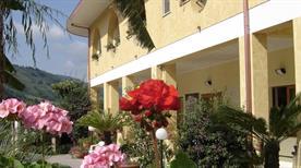 Hotel la Praia - >Zambrone