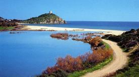 Spiaggia di Tuerredda - >Domus de Maria