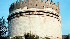 Mausoleo di Cecilia Metella - >Rome