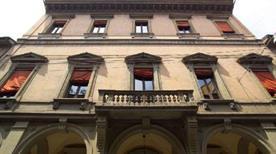 Palazzo Merendoni - >Bologna