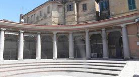 Piazzetta Teatro M. Zuccarini - >Chieti