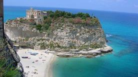 Spiaggia la Rotonda - >Tropea