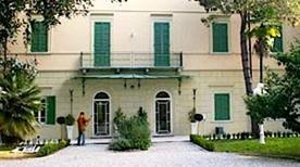Villa Bertelli - >Forte dei Marmi