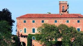 Castello di Monteu Roero - >Monteu Roero