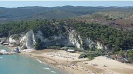Spiaggia Punta delle Sirene - >Vieste