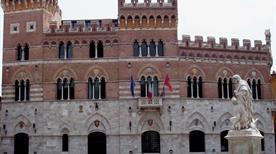 Palazzo degli Aldobrandeschi - >Grosseto