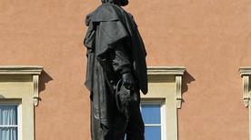Statua Giuseppe Garibaldi - >Macerata