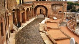 Mercati Traianei - >Rome