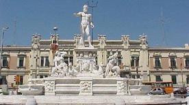 Piazza Unita' D'Italia - >Messina