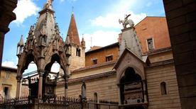 Arche Scaligere - >Verona