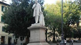 Monumento a Cosimo Ridolfi - >Firenze