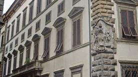 Palazzo Pucci - >Firenze