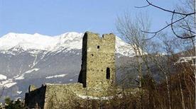 Castello San Maria Diroccato - >Tirano