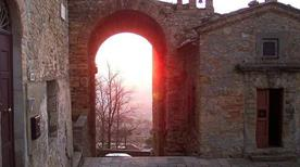 Porta San Felice - >Volterra