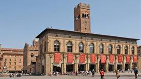 Palazzo del Podestà - >Bologna