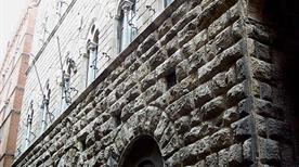 Palazzo delle Papesse - >Siena