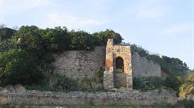 Forte San Giuliano  - >Genova