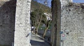 Porta degli Ortacci - >Gubbio