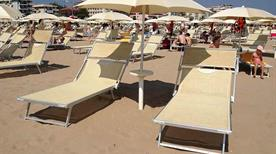Tortuga Beach - >Rimini