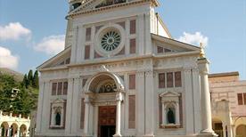 Santuario del Bambin Gesu' di Praga - >Arenzano