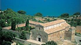 Abbazia di San Giovanni in Venere - >Fossacesia