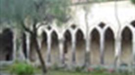 Il Chiostro di San Francesco - >Sorrento