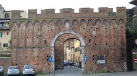 Porta Ovile - >Siena