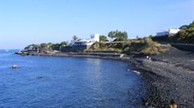 Spiaggia Punta lena - >Stromboli