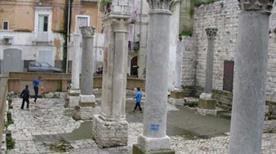 Bari Vecchia - >Bari