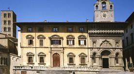 Palazzo della Fraternita dei Laici  - >Arezzo