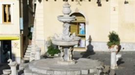 Fontana dei 4 Cavallucci - >Messina