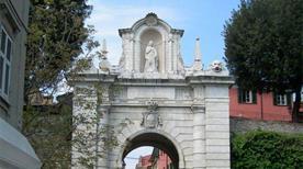 Porta Romana - >Sarzana