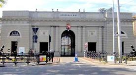 Porta Principale dell'arsenale - >La Spezia