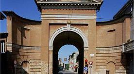 Porta Santi - >Cesena