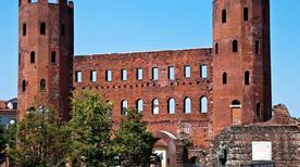 Porta Palatina - >Turin