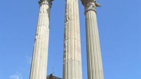 Tempio di Apollo Sosiano - >Rome