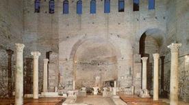 Cimitero di Domitilla - >Rome
