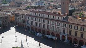 Piazza Aurelio Saffi - >Forli'