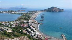Spiaggia di miliscola - >Bacoli