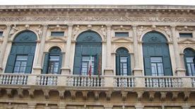 Palazzo Bevilacqua - >Verona