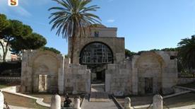 Basilica di San Saturnino - >Cagliari