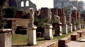 Atrium Vestae - >Rome