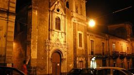 Chiesa S. Antonio da Padova - >Acireale