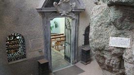 Santuario della Madonna Spaccata - >Gaeta