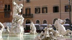 Fontana dei Fiumi - >Rome